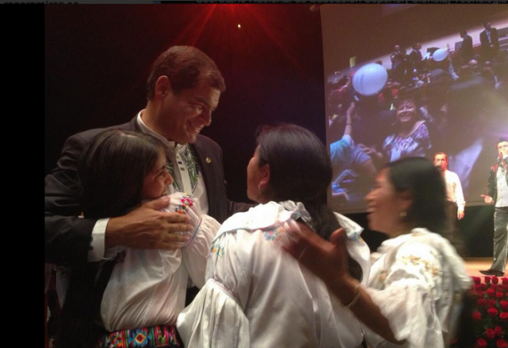 Rafael Correa Barcelona encuentro con ecuatorianos residentes